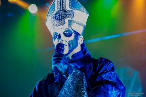 2015-09-30-Ghost-01