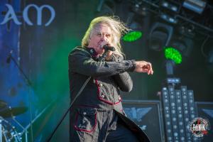 2017-06-17-Hellfest-2017-Saxon-4