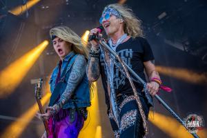 2017-06-17-Hellfest-2017-Steel-Panther-10