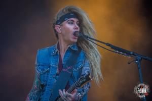 2017-06-17-Hellfest-2017-Steel-Panther-11