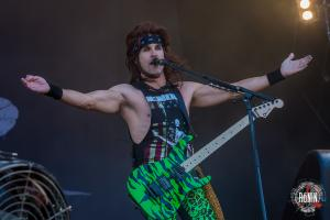 2017-06-17-Hellfest-2017-Steel-Panther-3