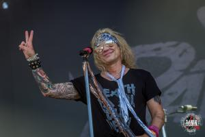 2017-06-17-Hellfest-2017-Steel-Panther-5