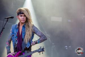 2017-06-17-Hellfest-2017-Steel-Panther-6