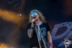 2017-06-17-Hellfest-2017-Steel-Panther-9