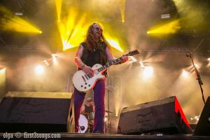 hellfest-photos-day-3-olga-herndon-first3songs-5785
